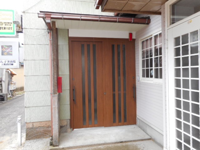玄関引き戸リフォーム施工事例/能登町