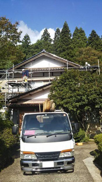 屋根瓦葺き替え工事完了!!