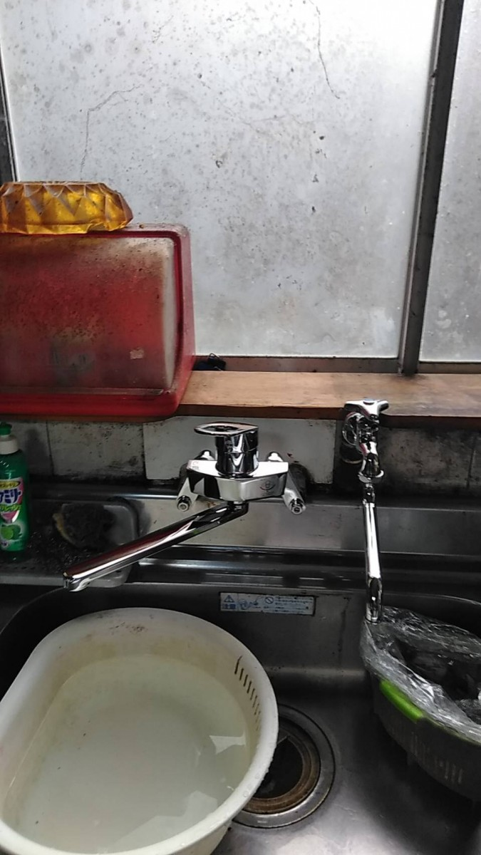 キッチン水栓交換&山水単水栓交換工事/能登町