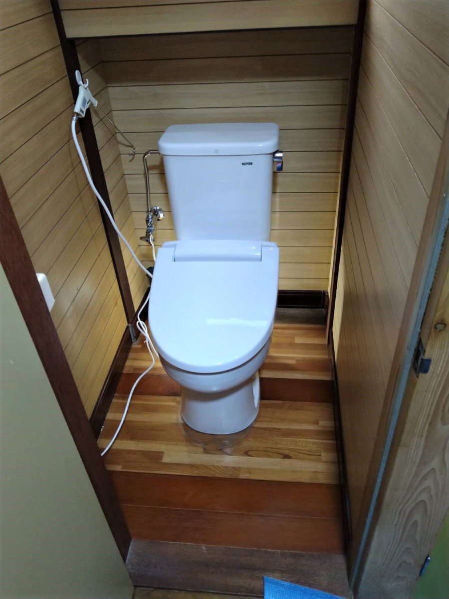 簡易水洗トイレ 取替え 施工事例★/能登町